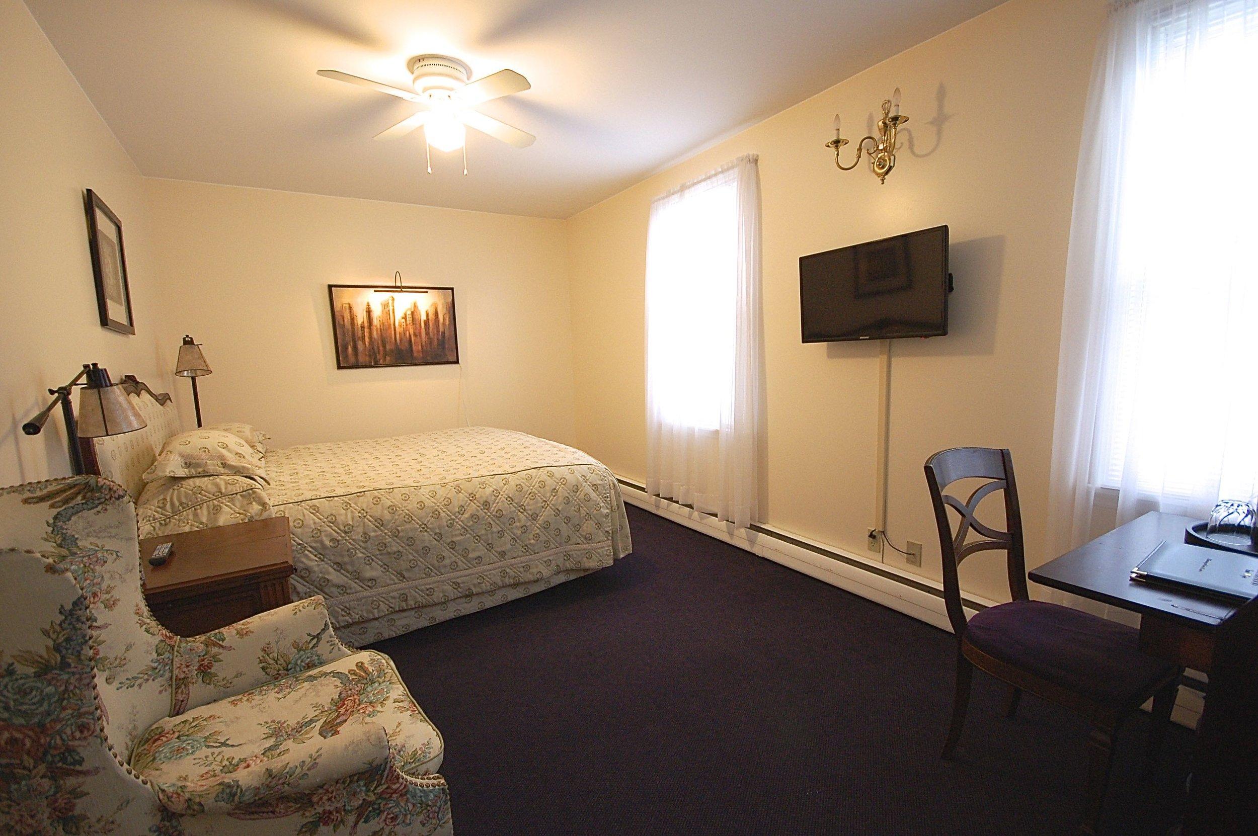 room 109.jpg