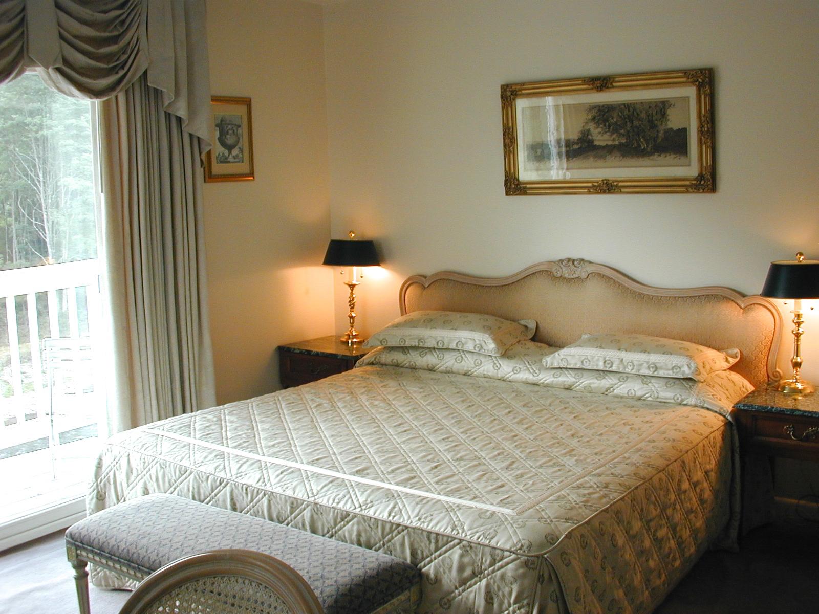 rooms duplex 114 bed good.jpg