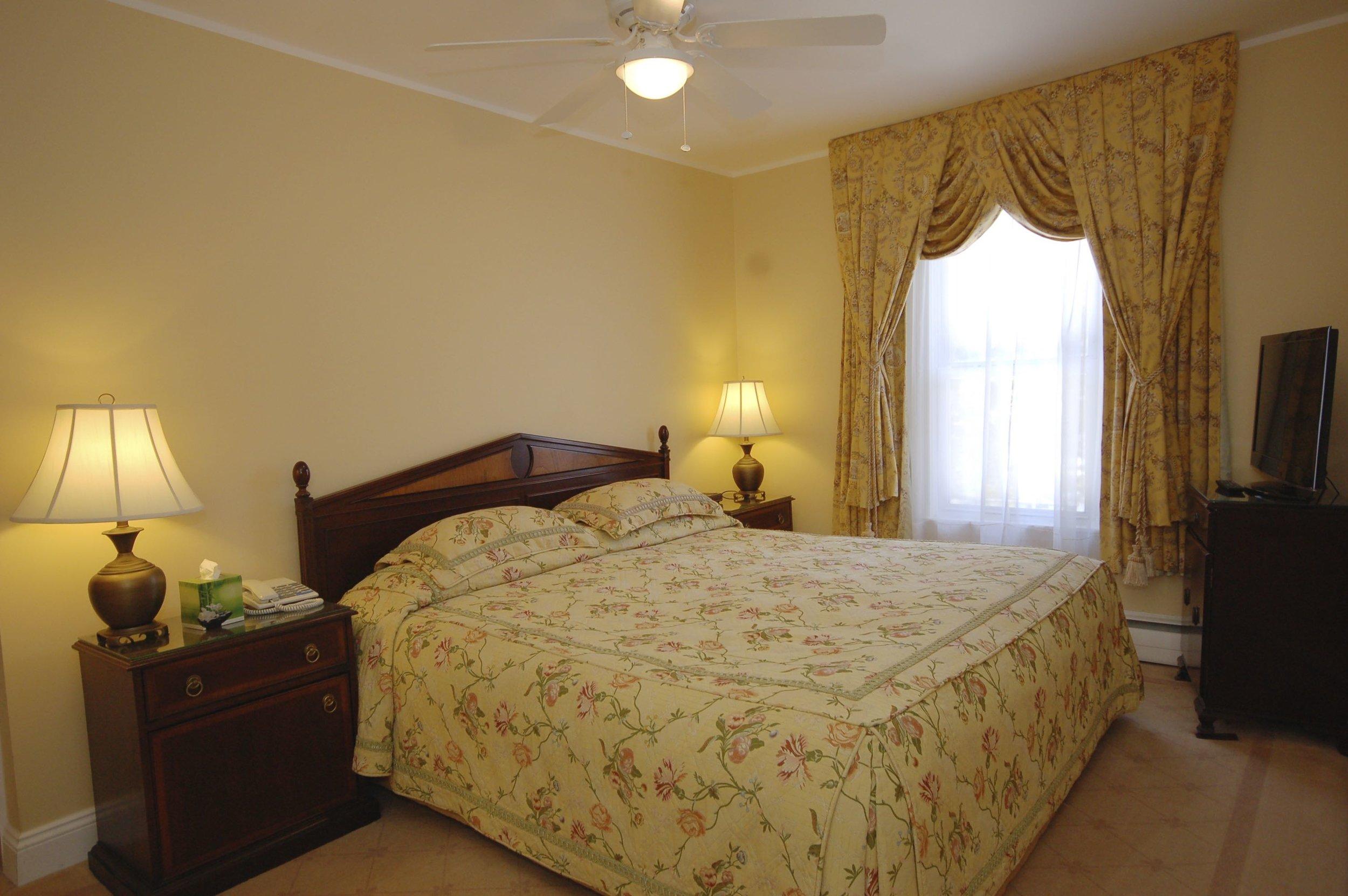 room 110-2.jpg