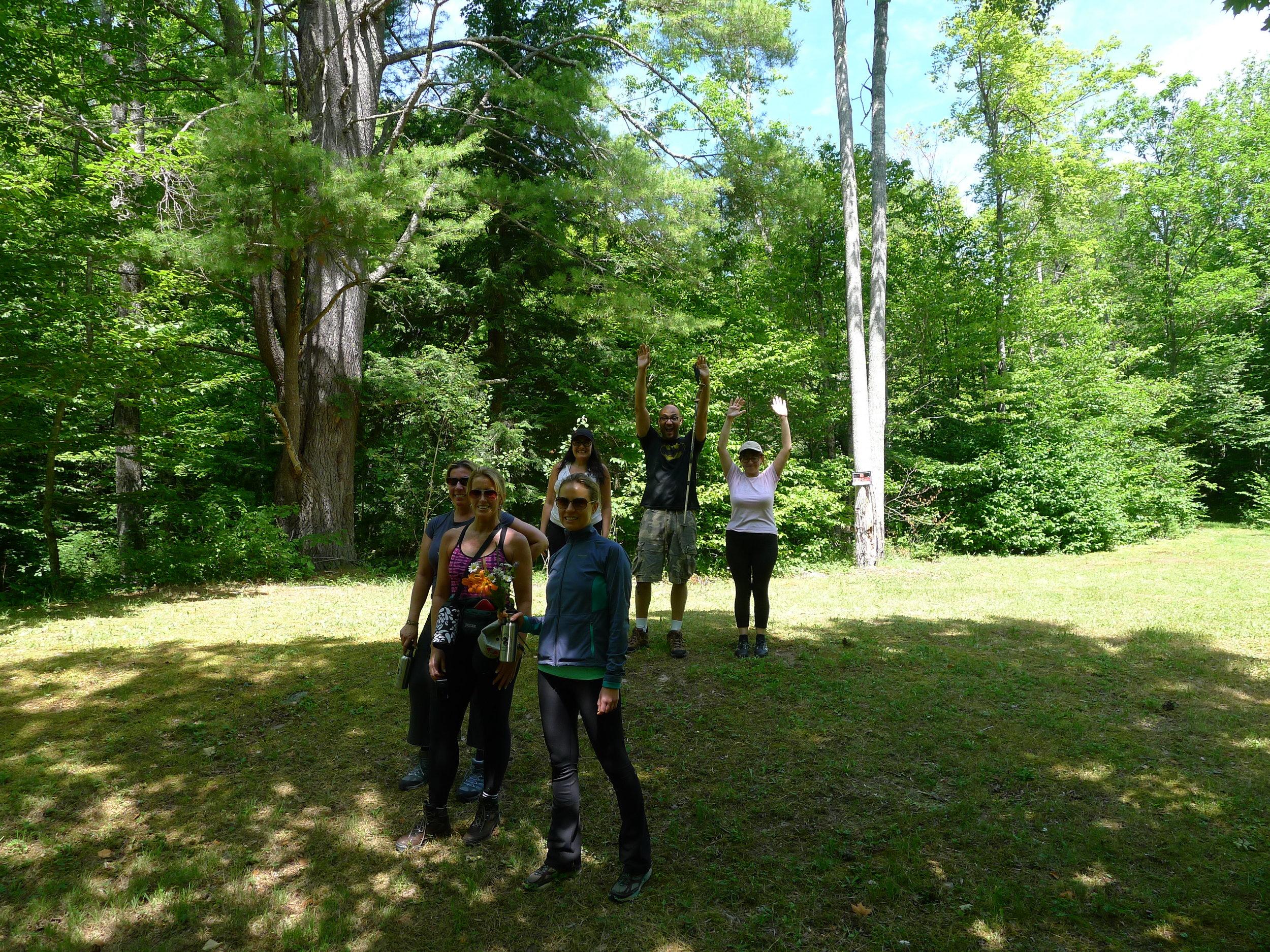 hiking easy trail.JPG