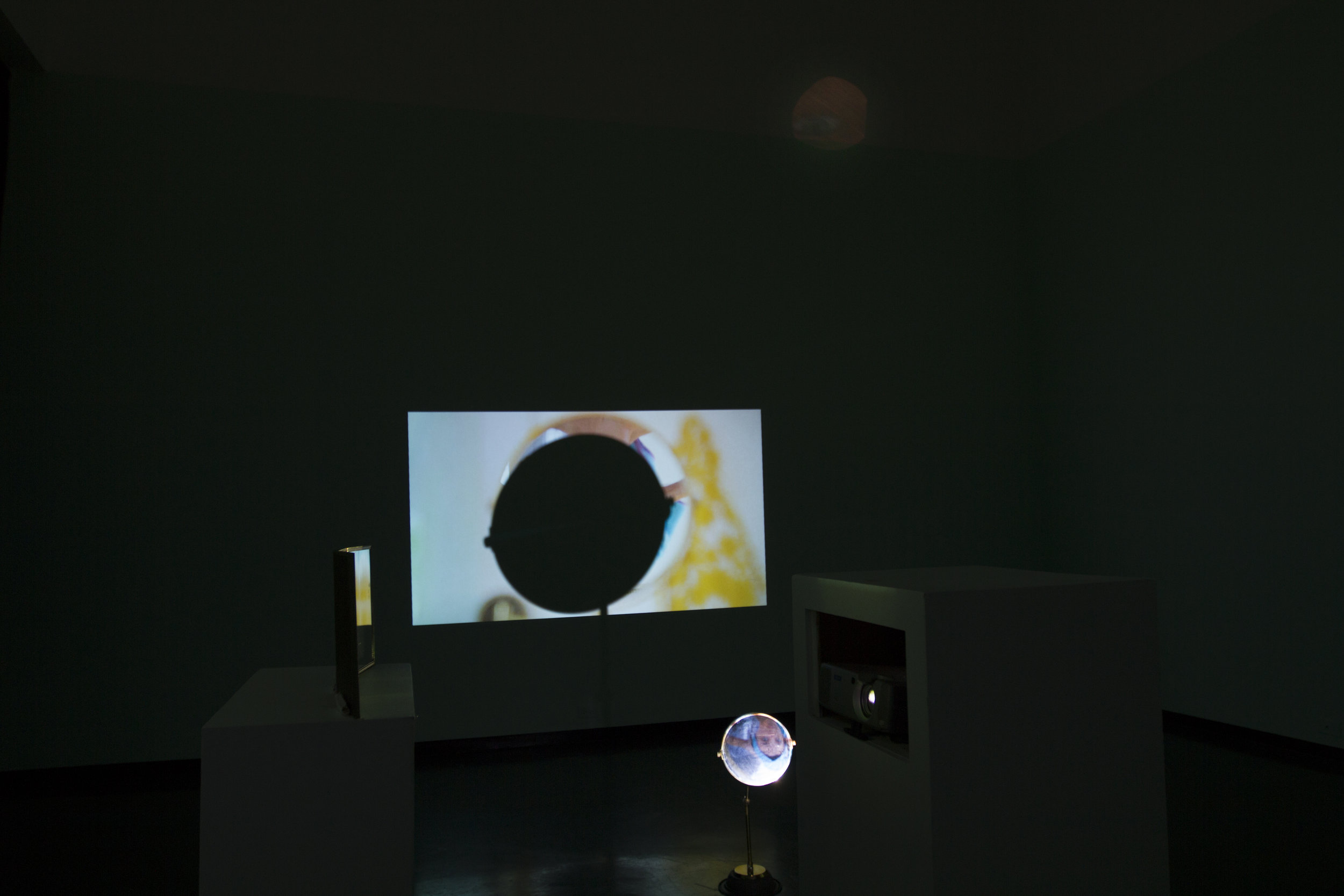 Documentation of Ends Meet, 2-Channel Video Installation with Projection and Mirrors