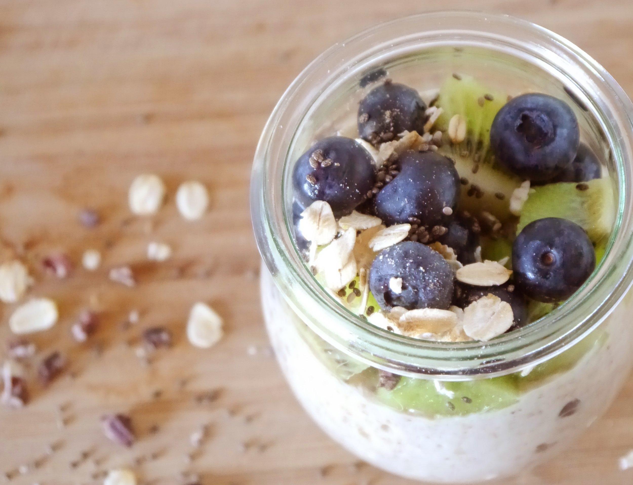 Oatmeal Protein Breakfast Bowl -