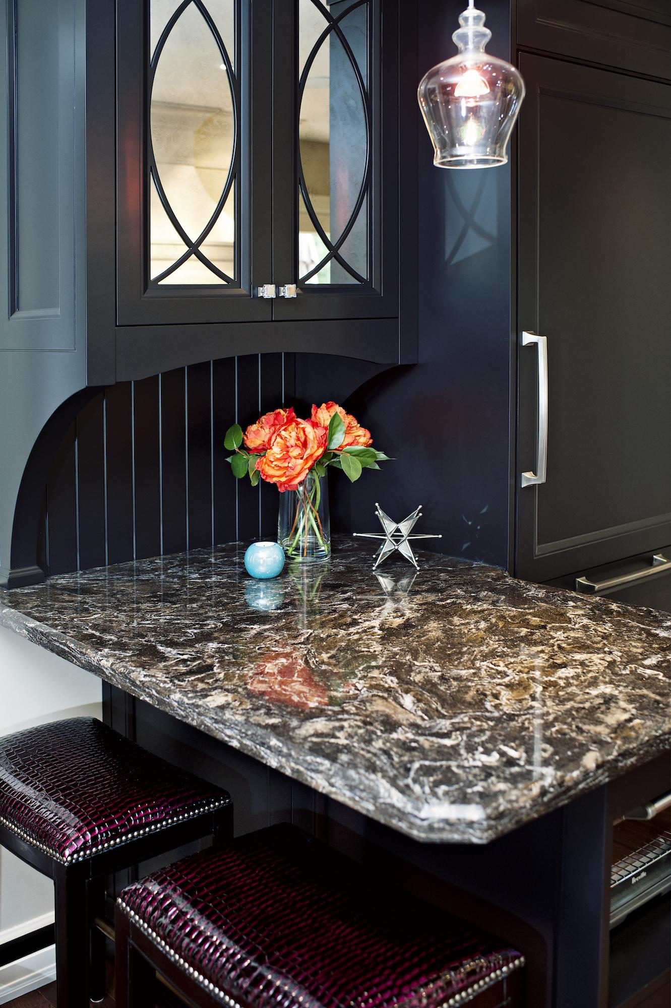 18 Pizzale Design Interior Decorating kitchen quartz black cabinet .jpg