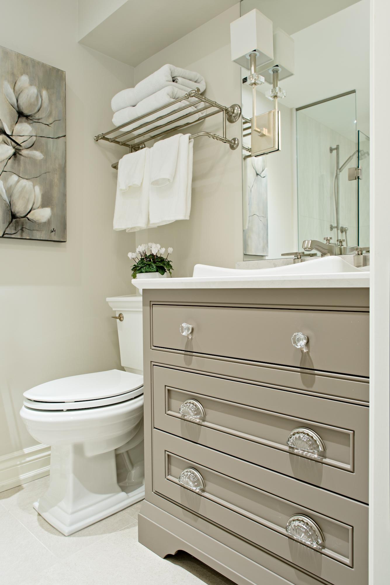 8 Pizzale Design Interior Decorating  bathroom elegant clean simple beige white.jpg