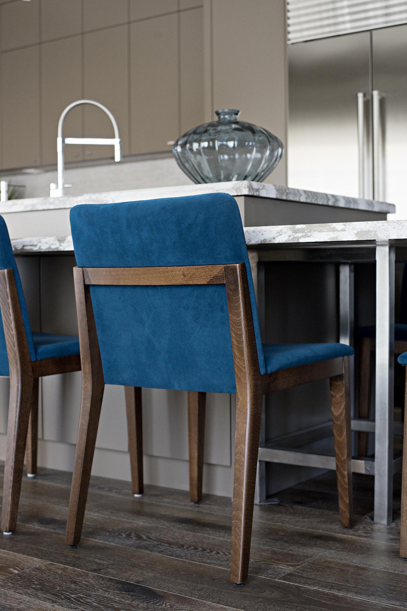 11 Kitchen Island Chairs.jpg