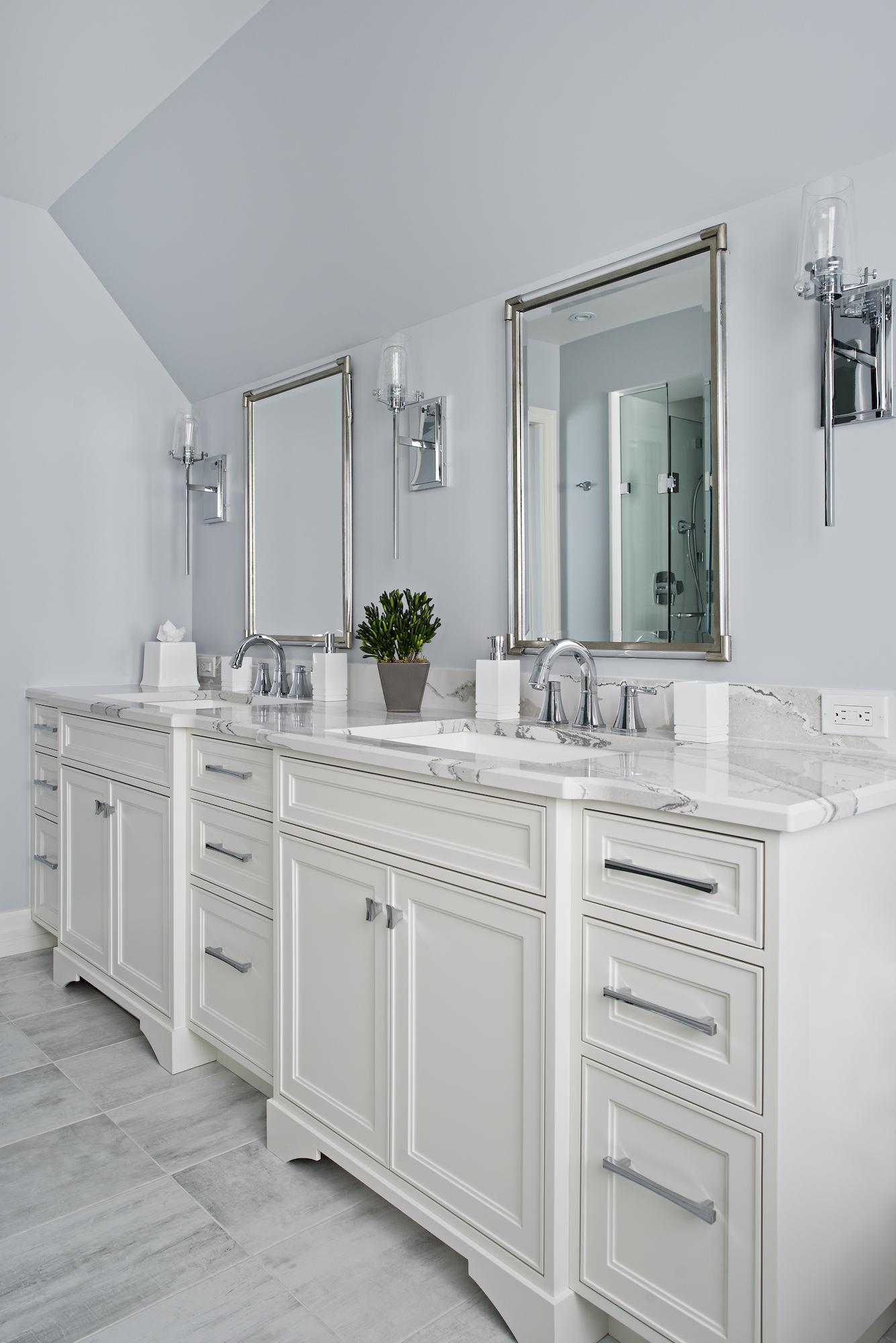 18 Bathroom Twin Vanities.jpg