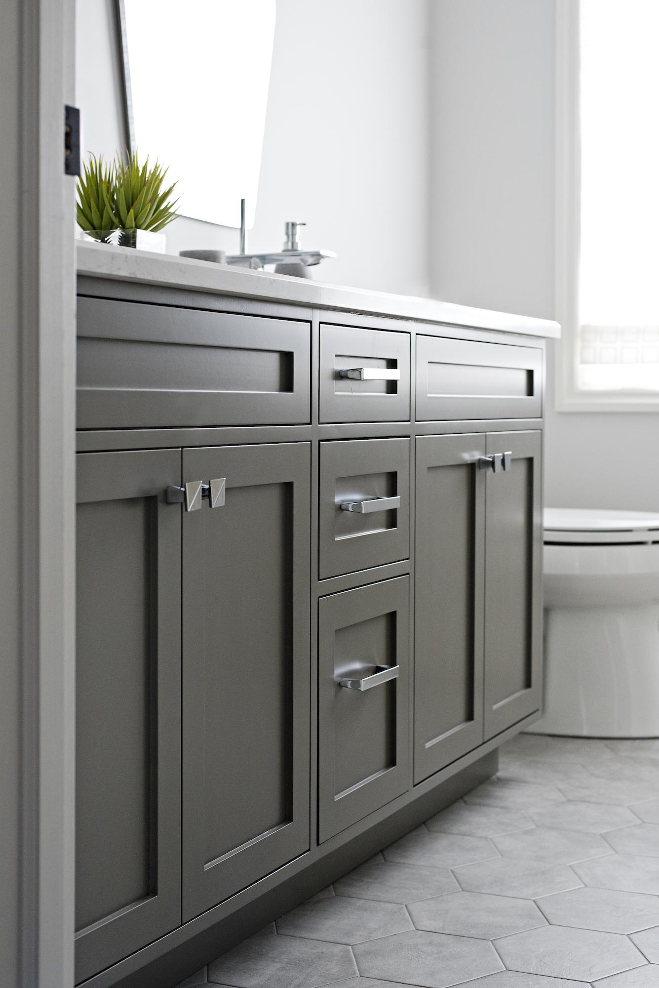 21 Bathroom Vanity.jpg