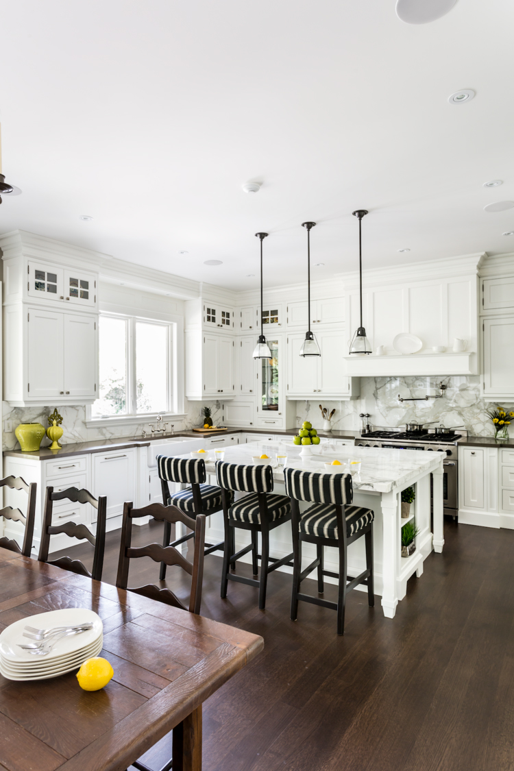 9+Pizzale+Design+Interior+Decorating+Kitchen+Light+Airy+Transitional+White+Millwork.jpg