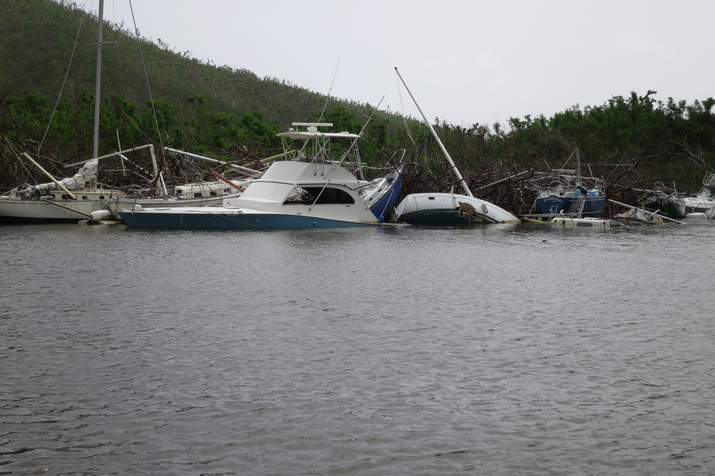 St John Coral bay boats 7.JPG
