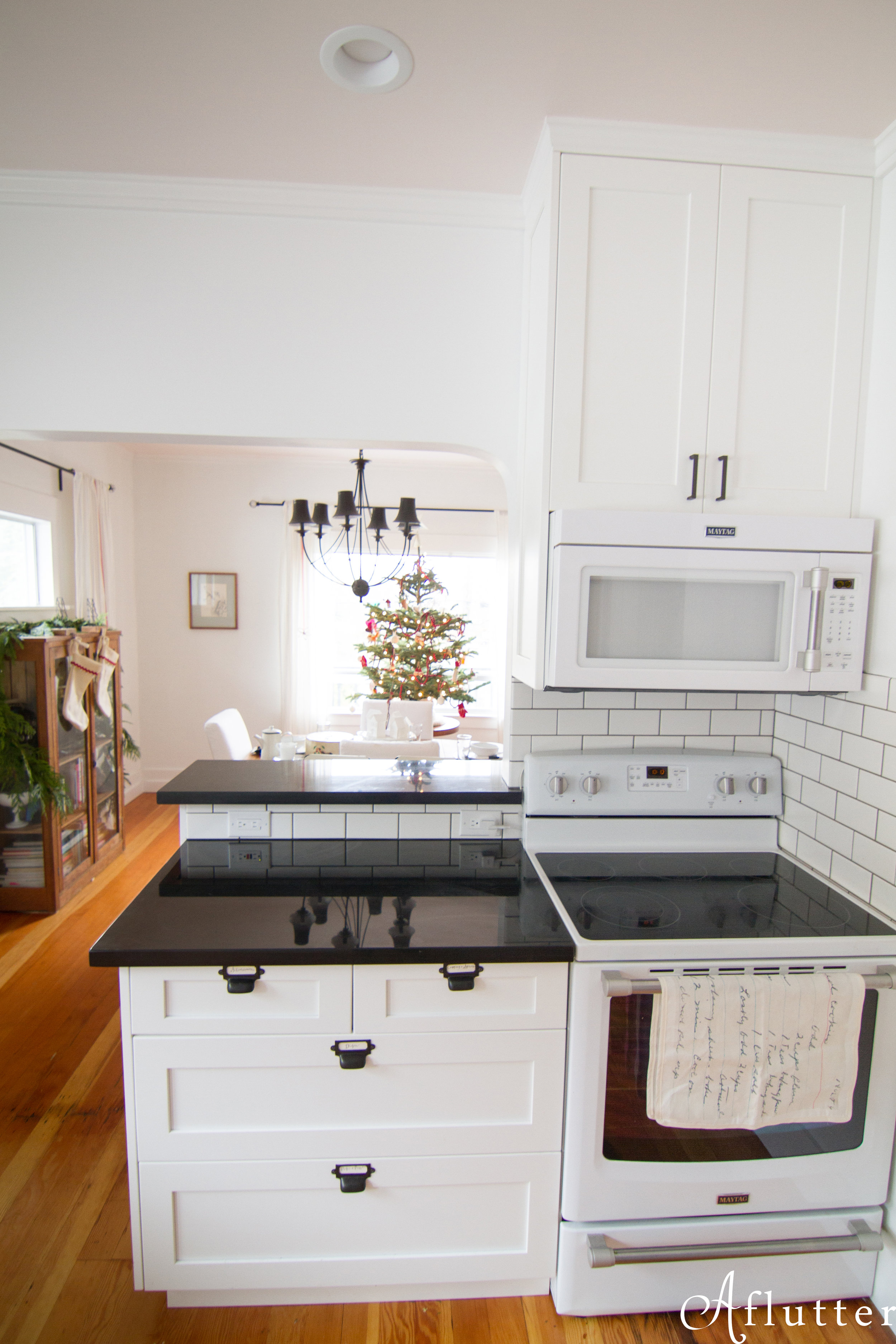 Christmas-Kitchen-Reveal-18-of-20.jpg