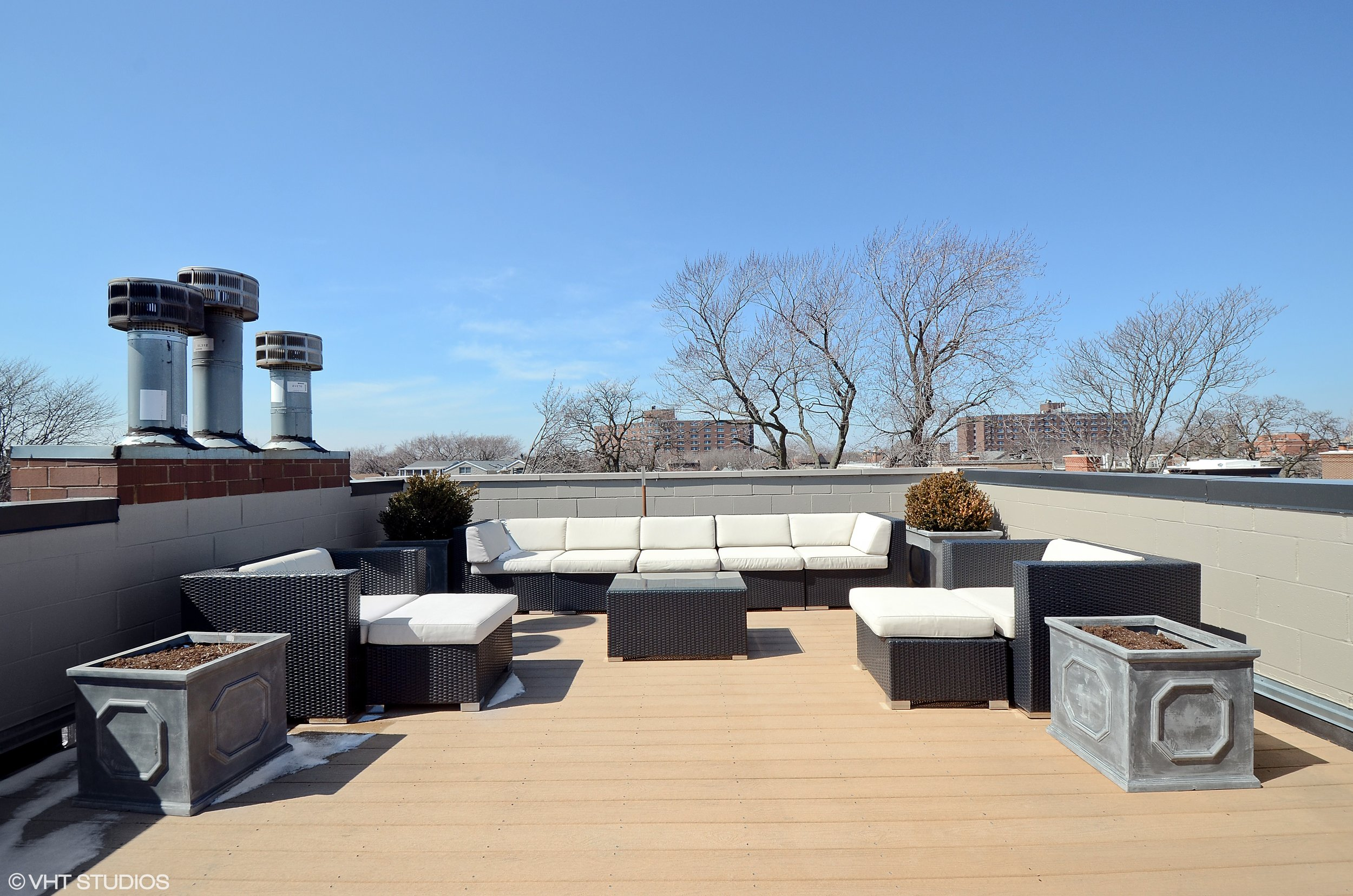 14_2645NorthMildredAve_3_188_RoofDeck_HiRes.jpg