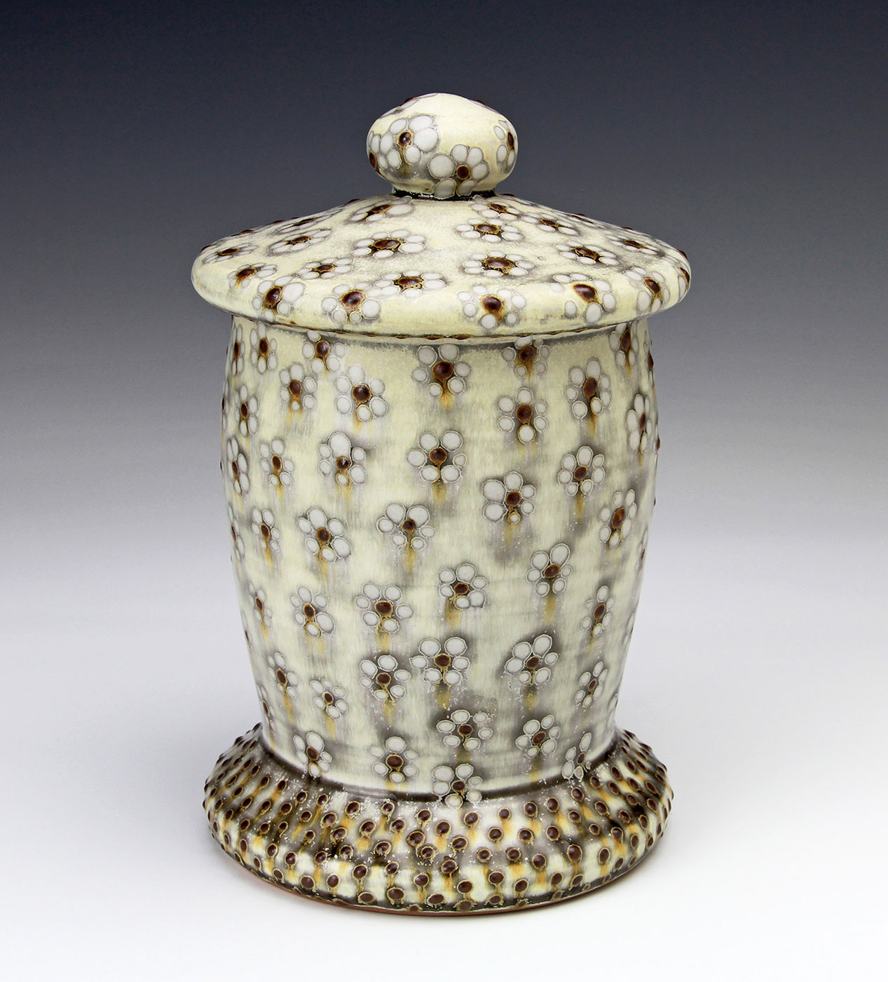 Covered-Jar-contemporary-ceramics-Samantha-Henneke-Seagrove-Pottery.jpg