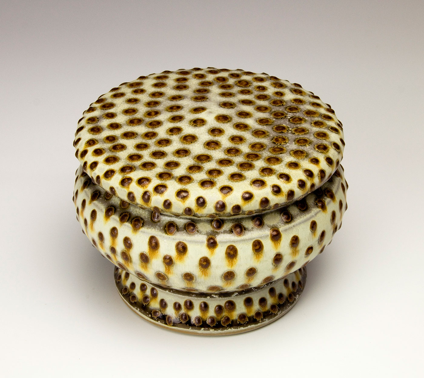 Covered-Jar-with-red-brown-dots-Samantha-Henneke-Seagrove-North-Carolina.jpg
