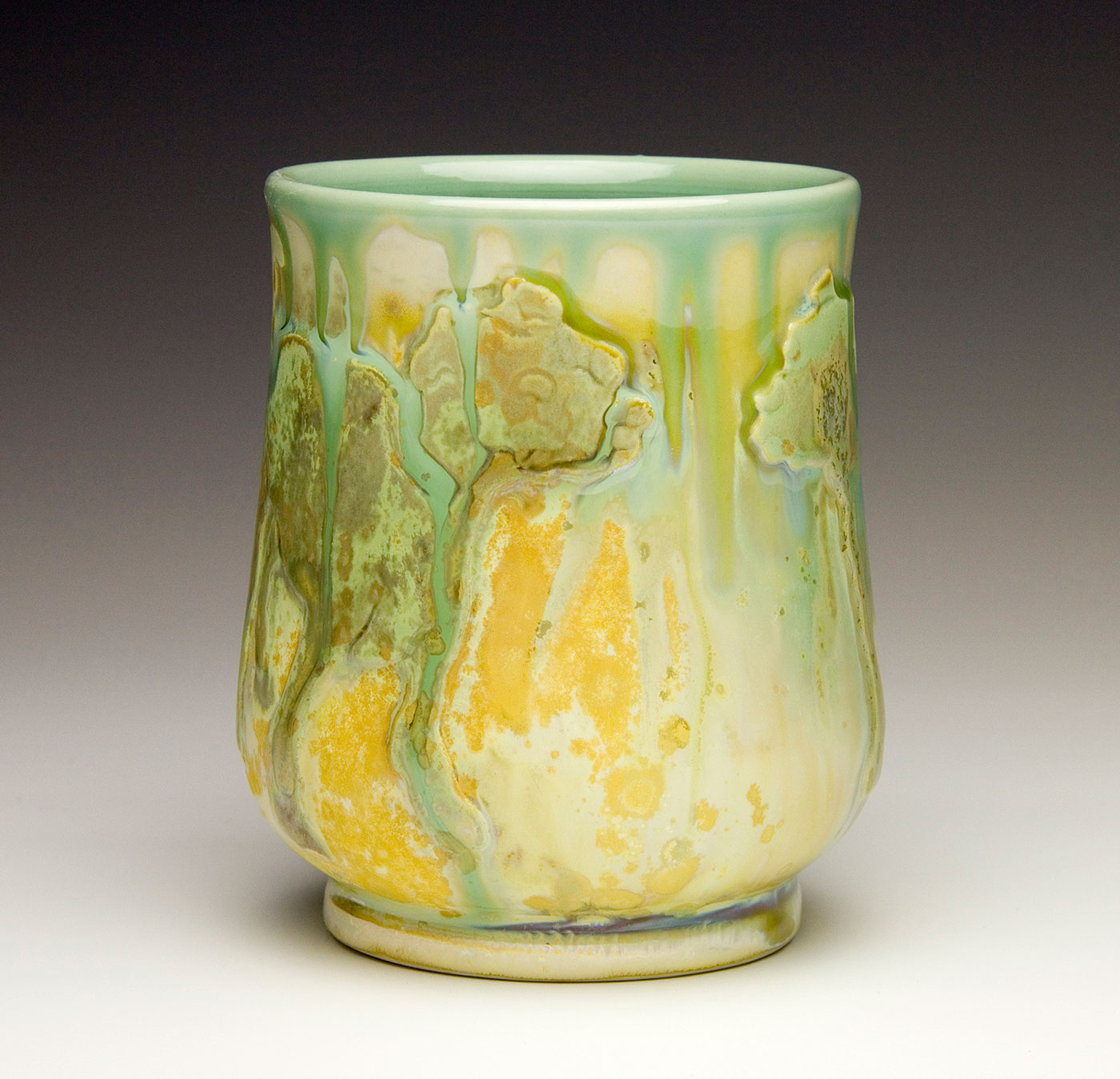 Drinking-cup-with-dog-contemporary-ceramic-Samantha-Henneke-North-Carolina-Pottery.jpg