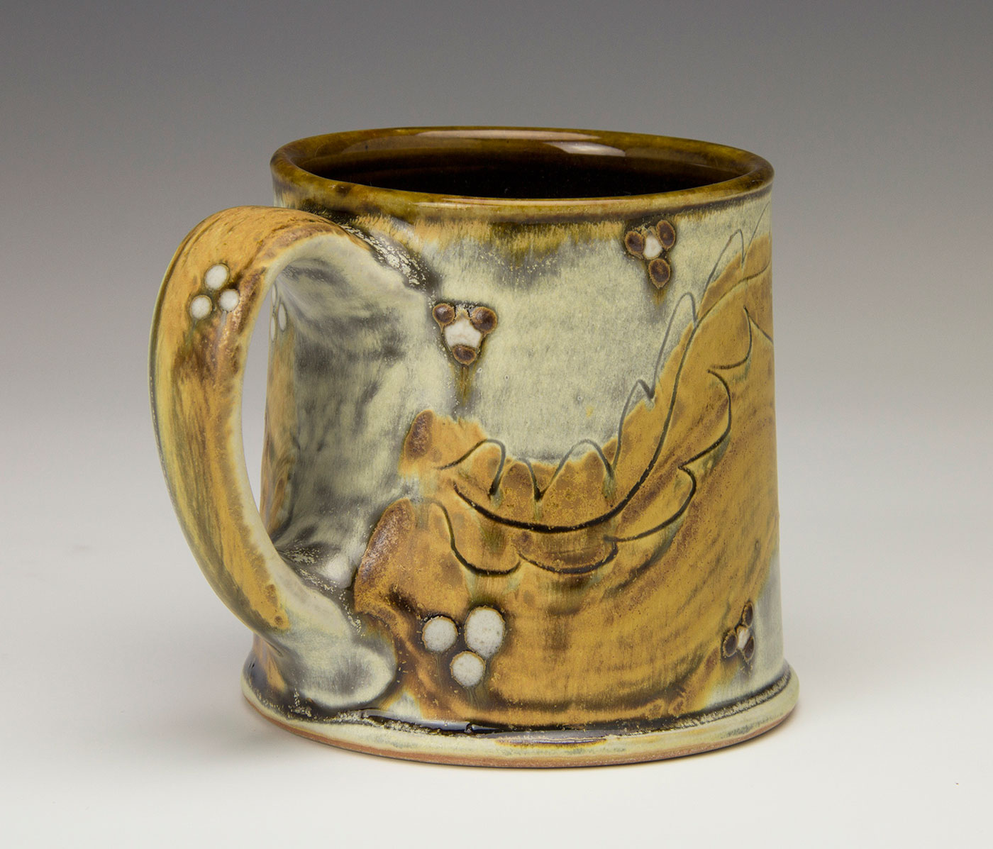 Mug-Studio-Pottery-Samantha-Henneke-Seagrove-North-Carolina.jpg