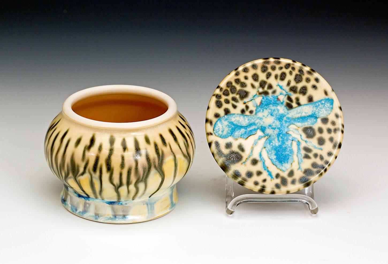 Winged-Insect-Jewlery-Art-Ceramic-Jar-Samantha-Henneke.jpg