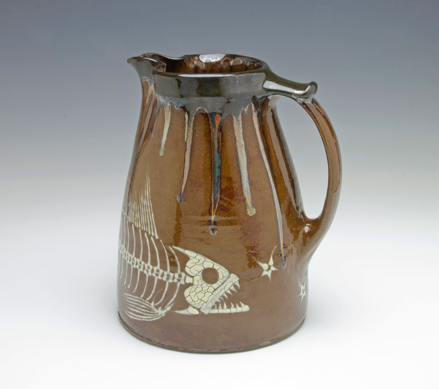Fossil-Fish-Pitcher-Bruce-Gholson-Bulldog-Pottery.jpg