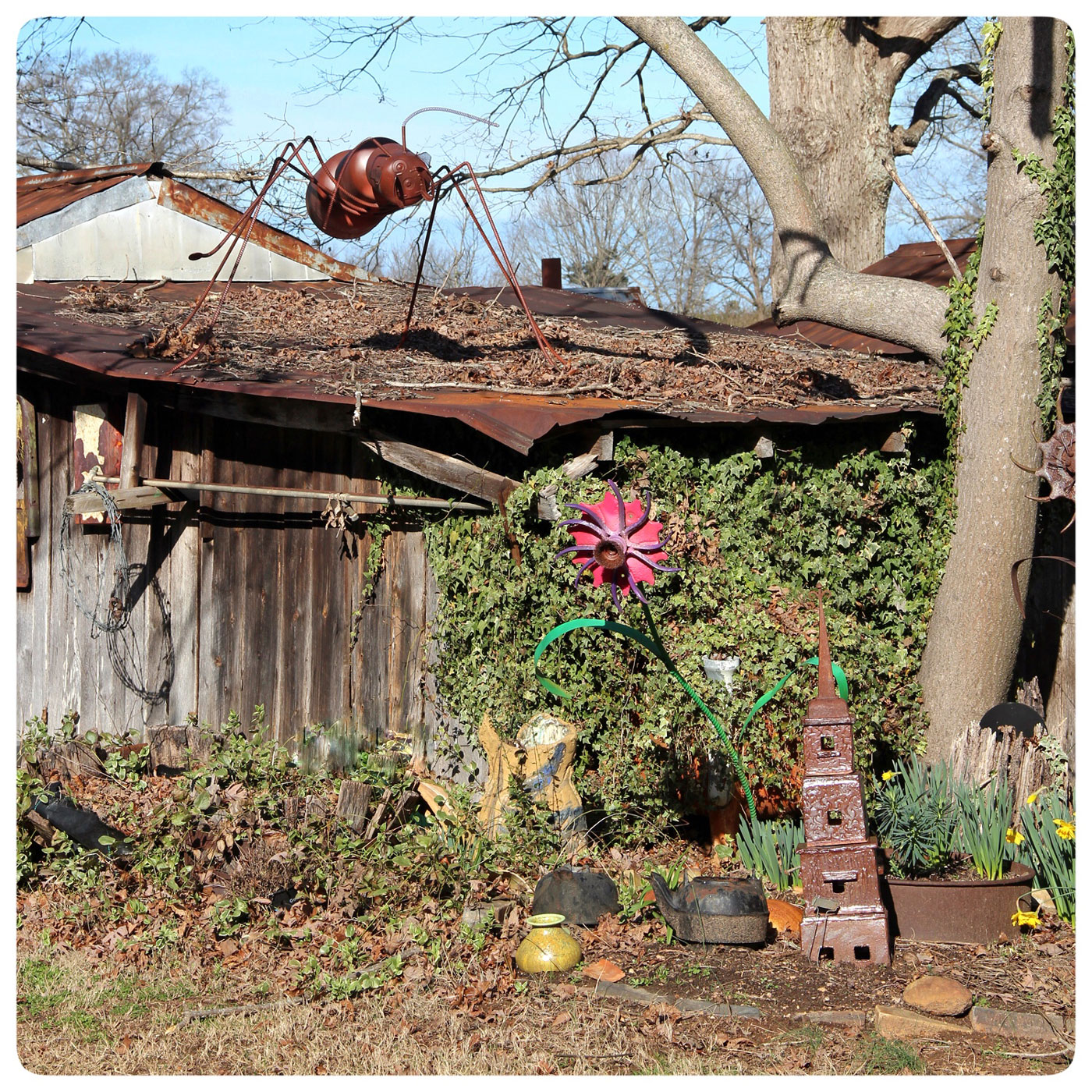 Garden Sculpture at Bulldog Pottery made by mixed media metal artist Mike Durham