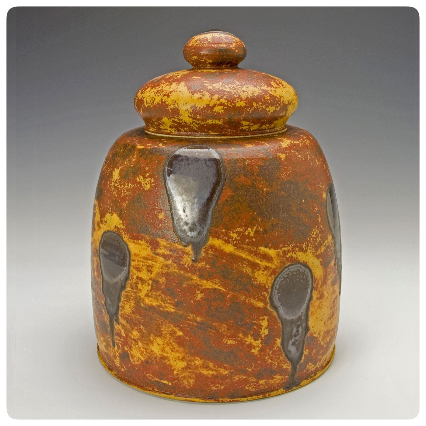 Studio Pottery Covered Jar made by Bruce Gholson, Bulldog Pottery, Seagrove, North Carolina