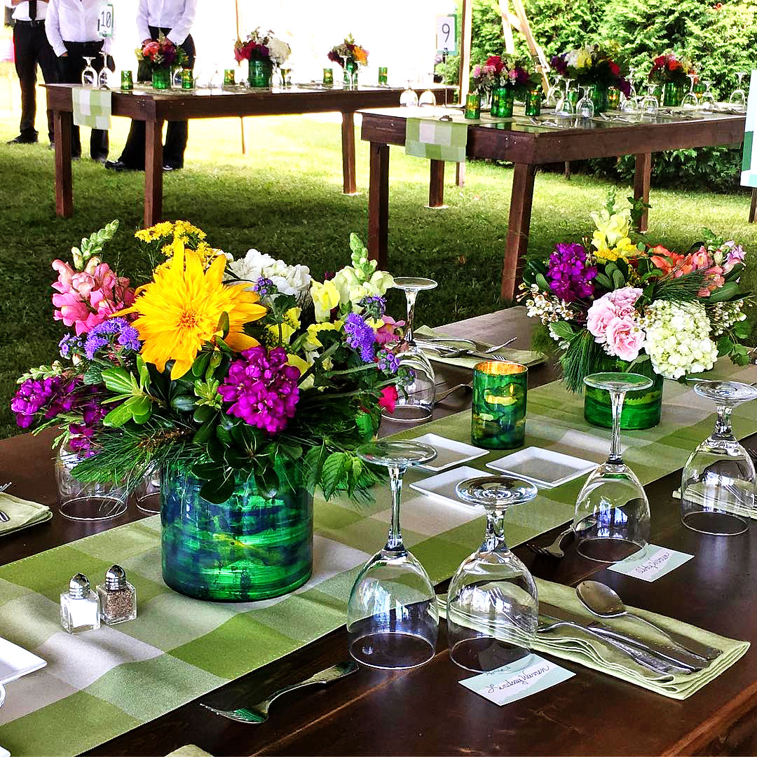 Weddings - Green NV works with you every step of the way to produce stunning, custom floral for your wedding with tact and craft on your special day.