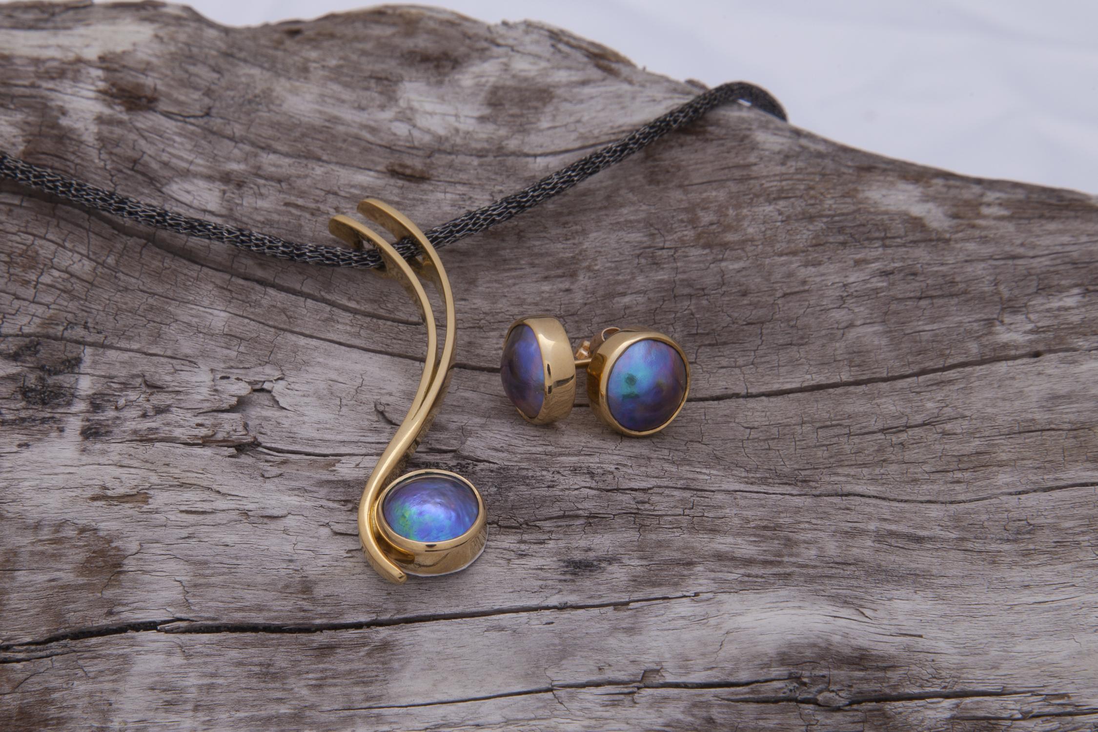 BLUE PEARLS GALLERY - Eyris Pearls