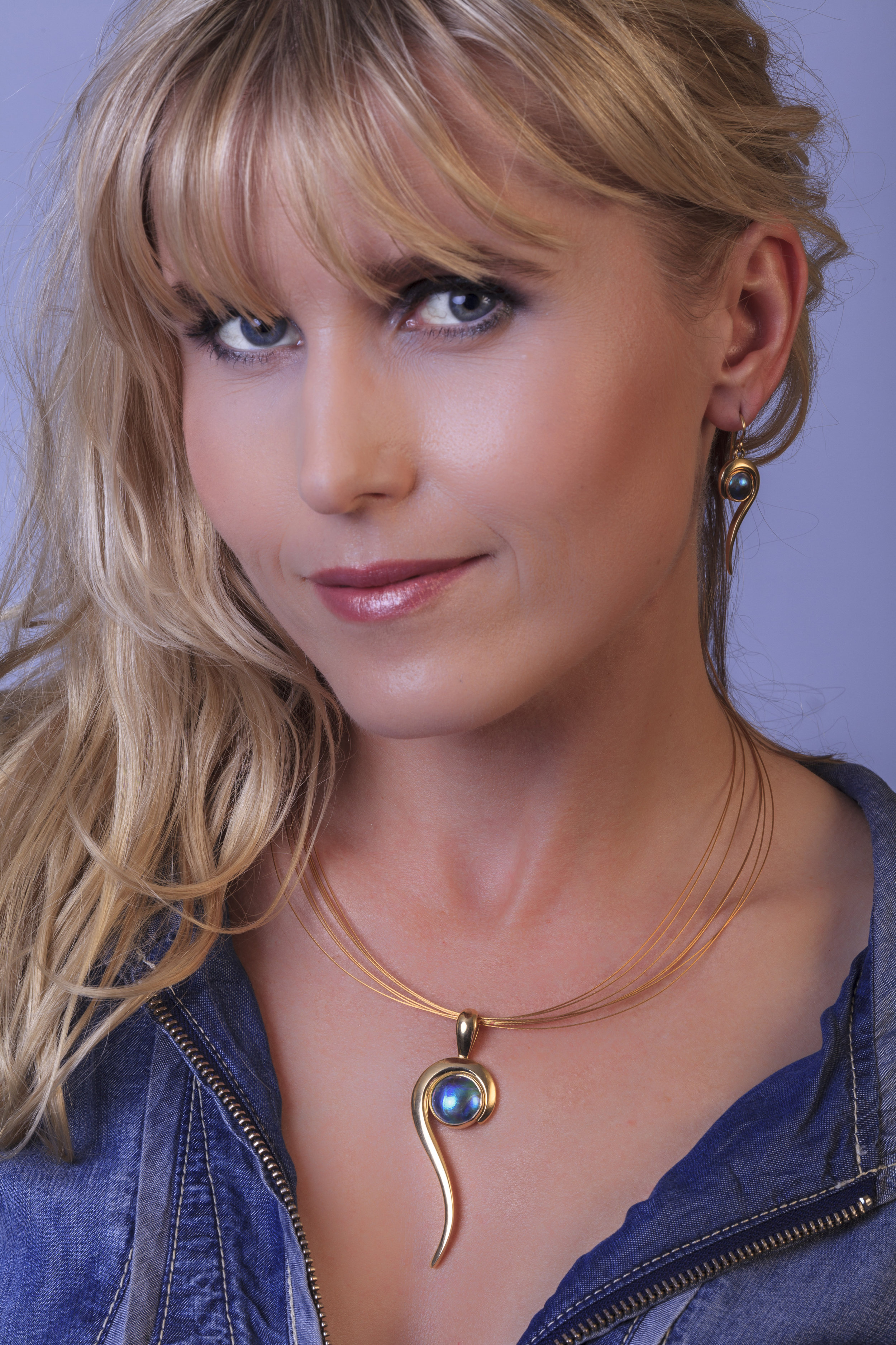 Sea Tail Pendant by Blue Pearl Gallery with Eyris Pearl