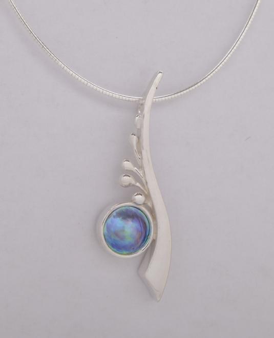Blue Pearls Gallery