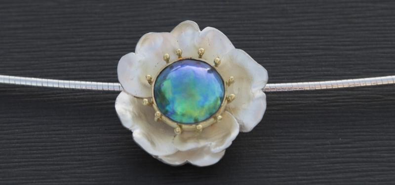 Eyris Pearls Empowerment Pendant