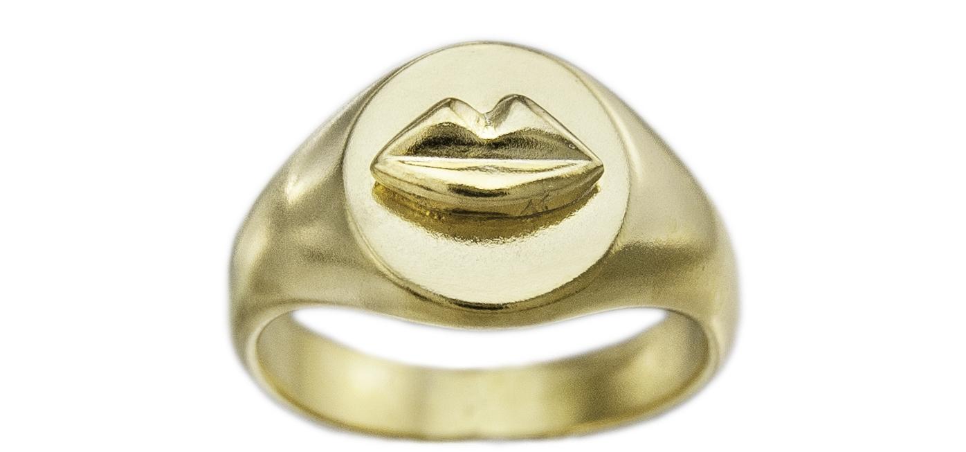 kozminka-signet-kiss-gold-side.jpg