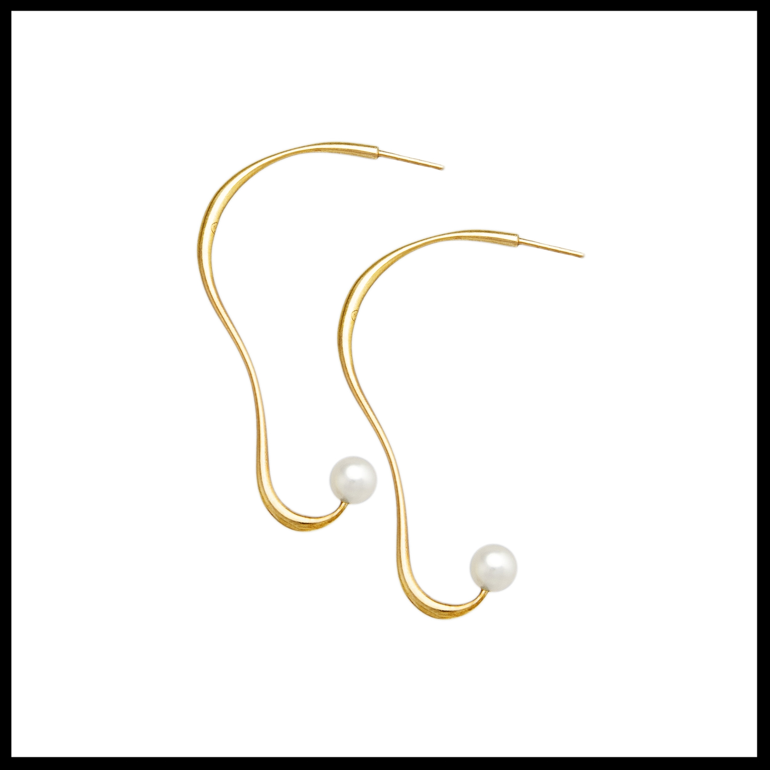 Gold Earrings Sound with Pearls