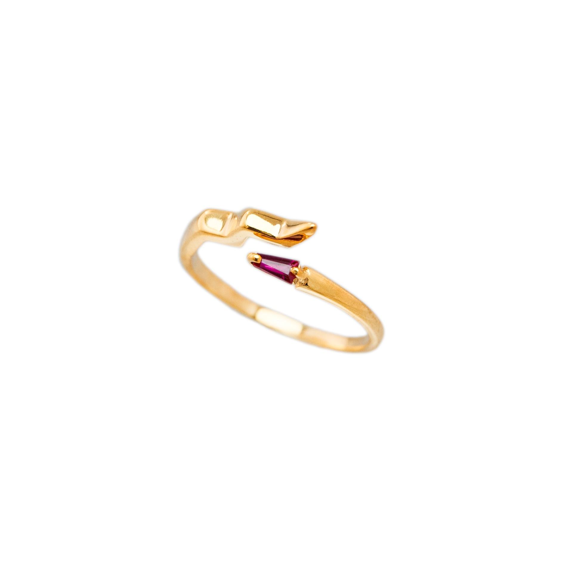kozminka-fine-senses-ring-snake-ruby-thumbnail.jpg