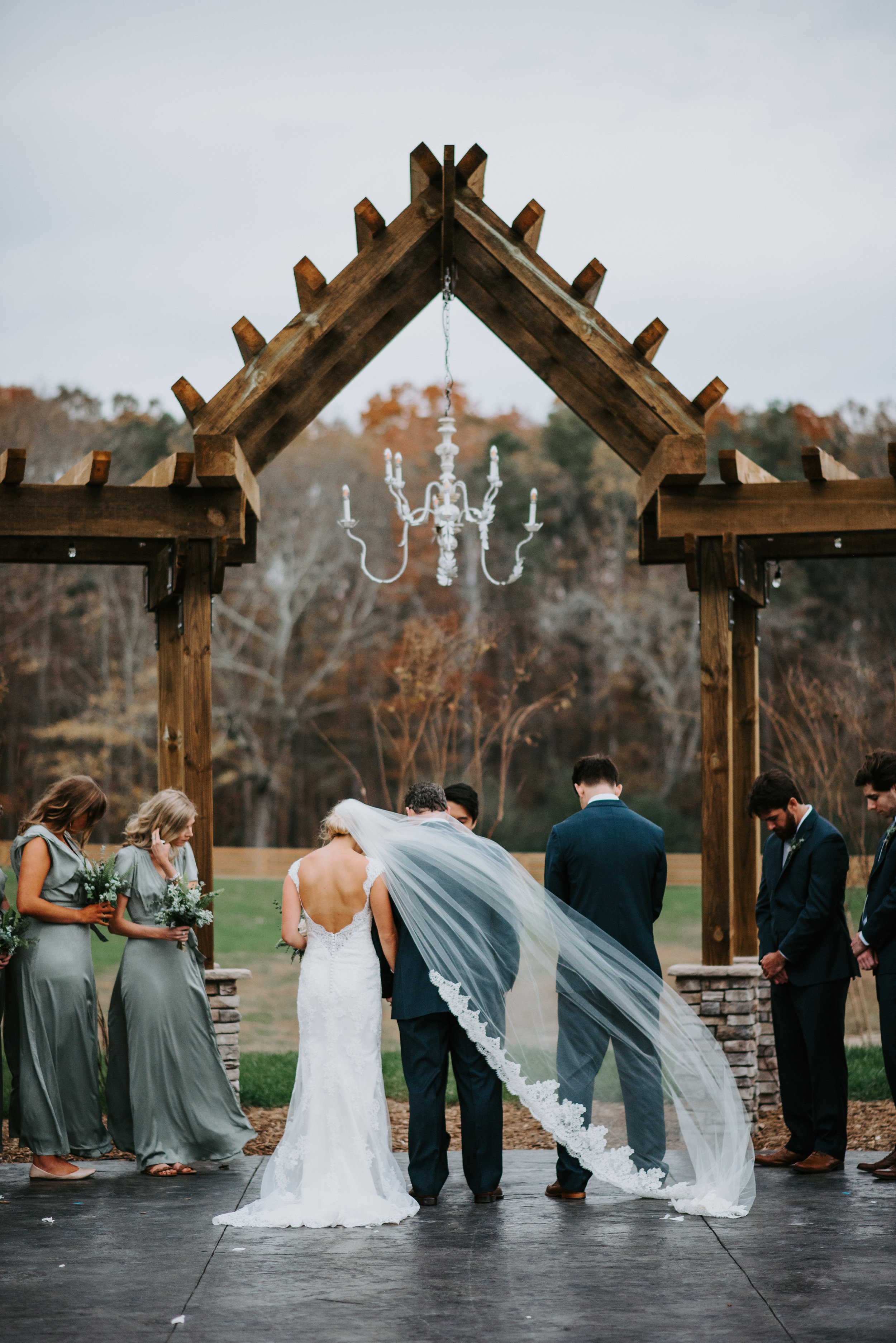 veil blowing in the wind at ceremony memphis wedding