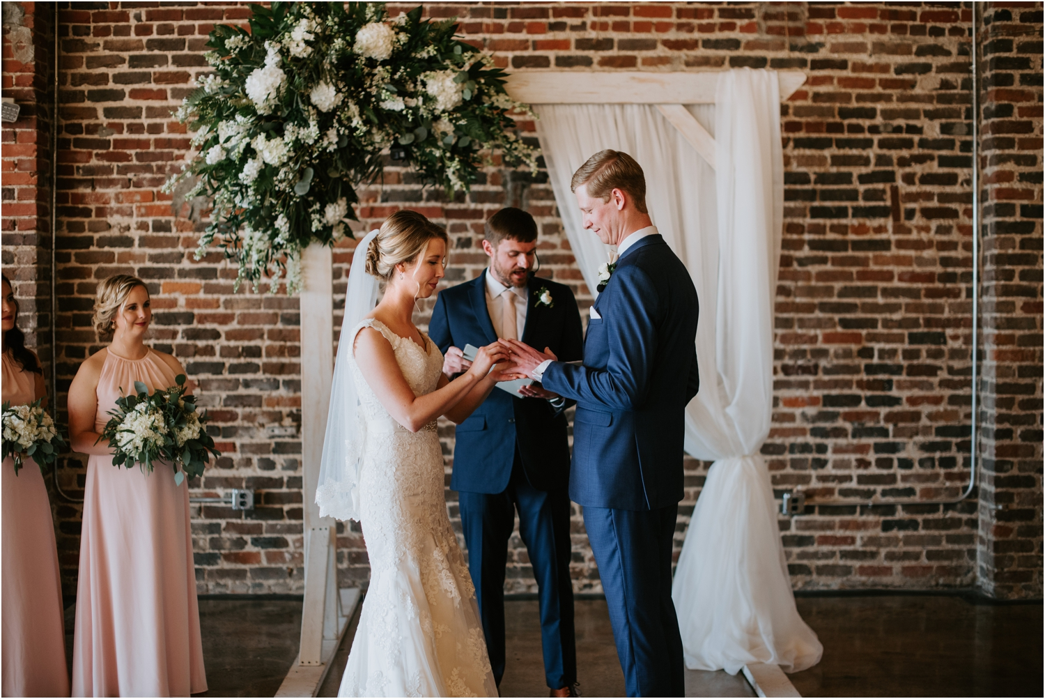 the pressroom knoxville wedding ceremony