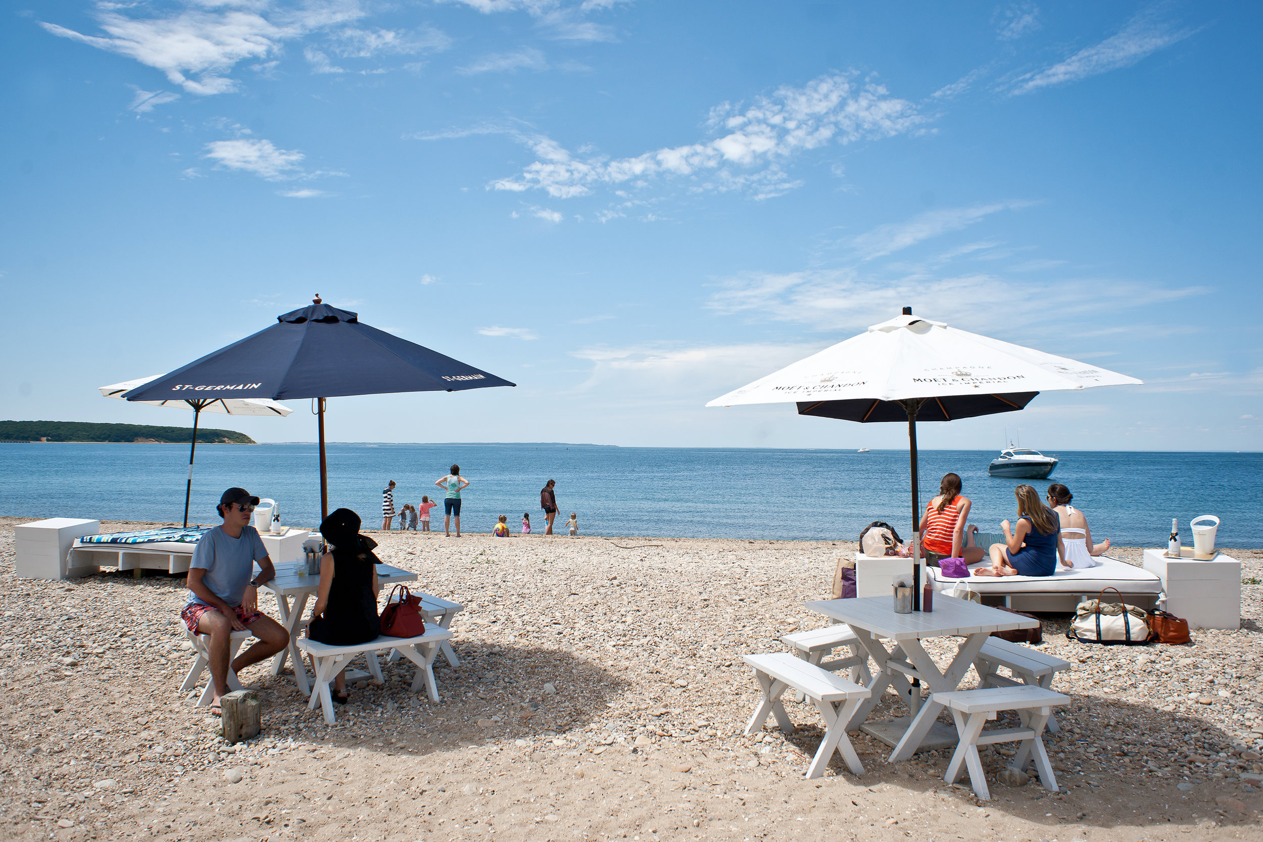 navybeach-outdoor-dining-3-1024x683.jpg