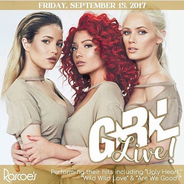 CHICAGO ! We have arrived ✈️ Hope to see everyone tonight at @roscoestavern 😍 We are soo excited 💕
