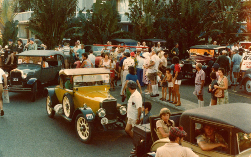 1978-int-Sunbeam-and-FordA- Sundale-Centre-Southport-Qld.jpg
