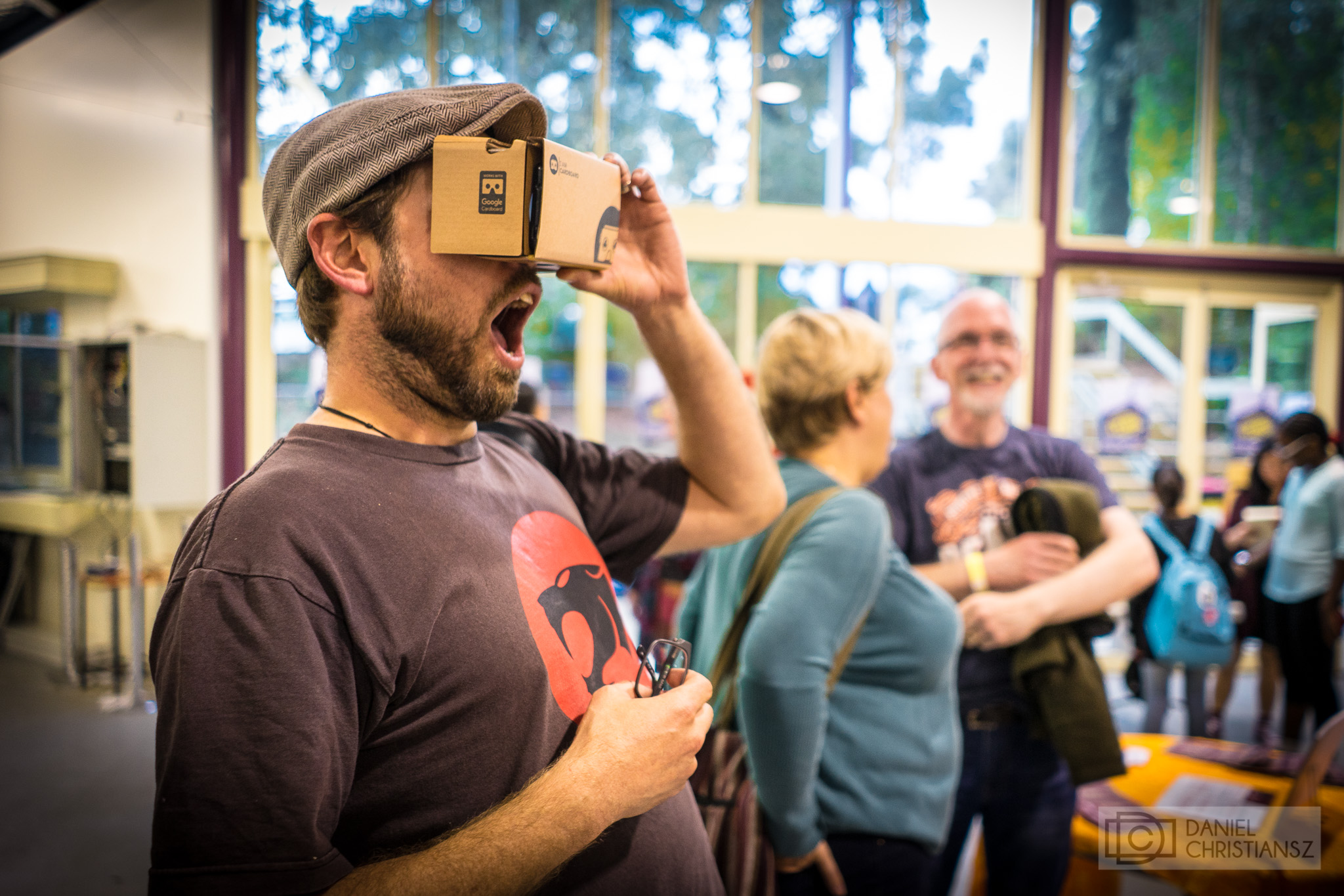 Melbourne Man Suprised VR Virtual Reality Headset Google Cardboard