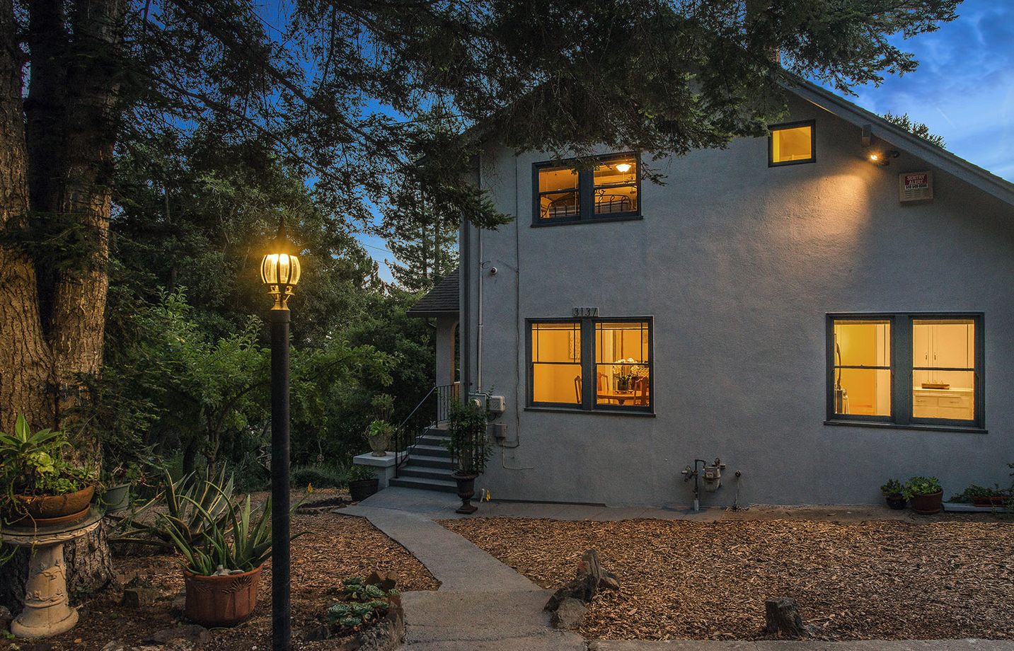 SOLD | 3137 Monterey Blvd $825,000