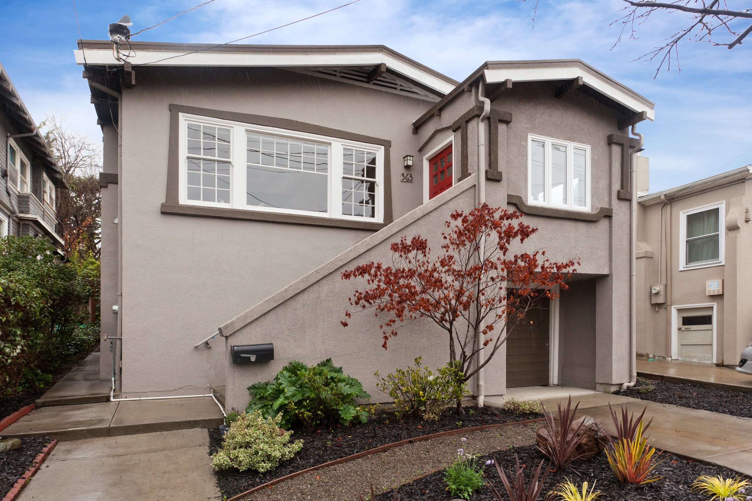 SOLD | 563 CHETWOOD STREET, OAKLAND $1,100,000