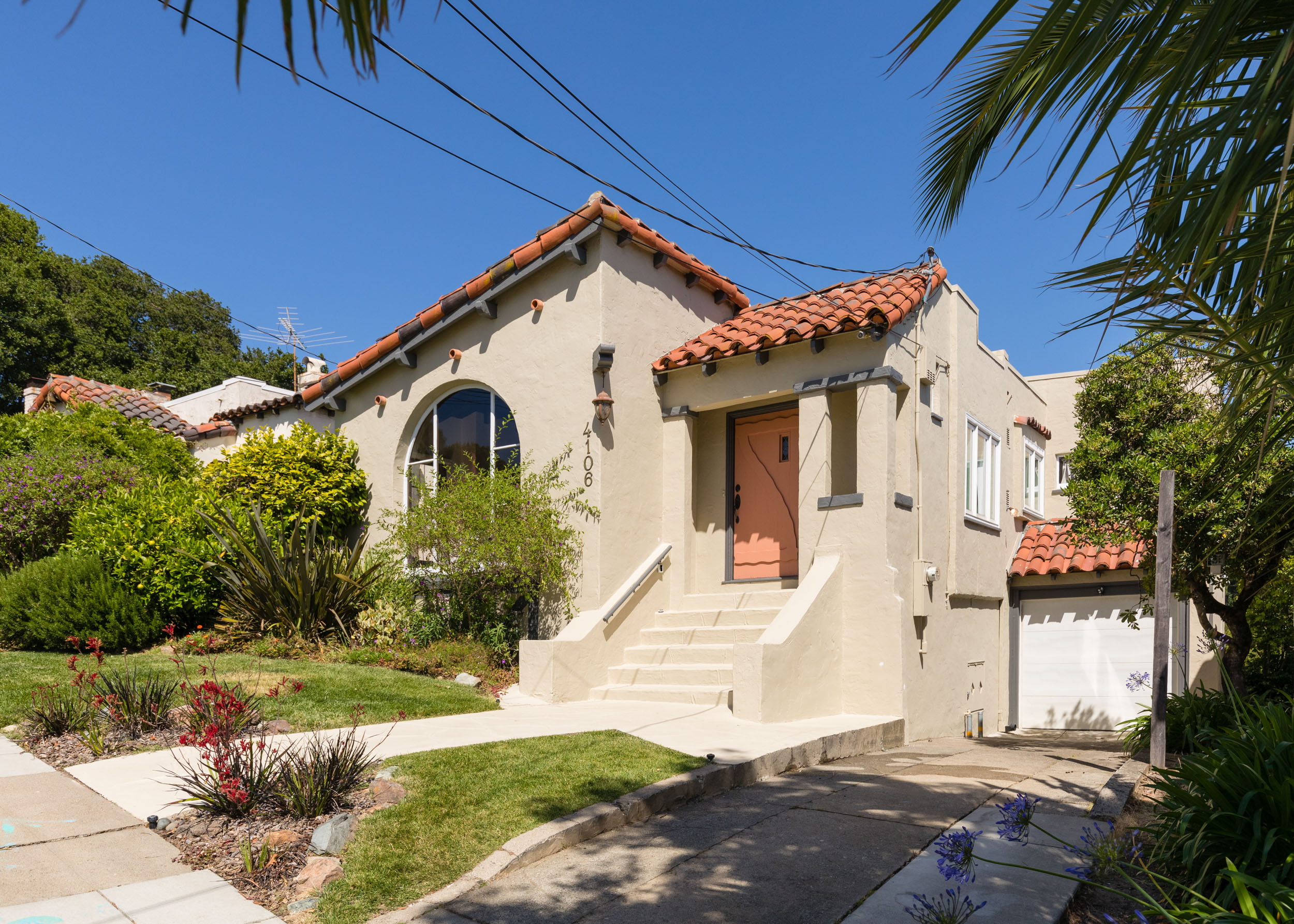 SOLD | 4106 LAUREL AVE, OAKLAND $1,280,000