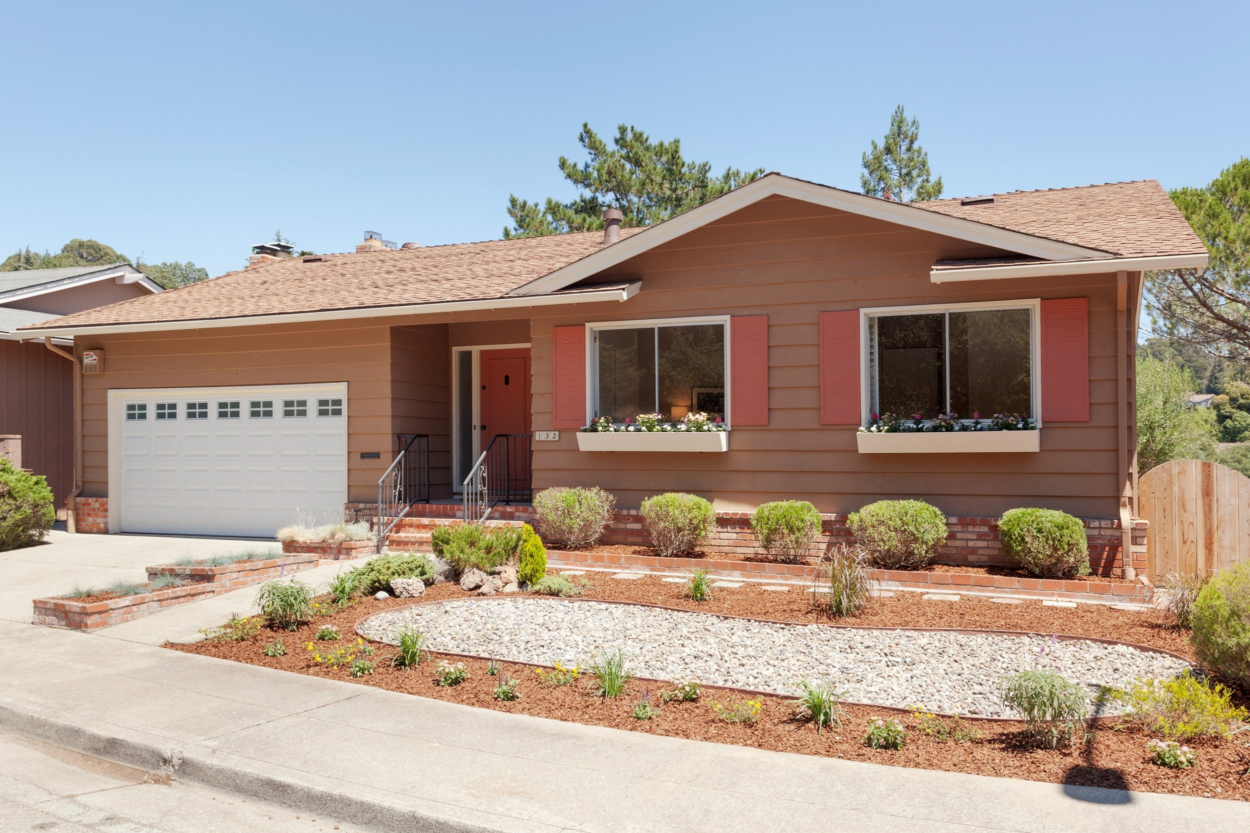 SOLD | 132 MONTWOOD WAY, OAKLAND $ 960,000