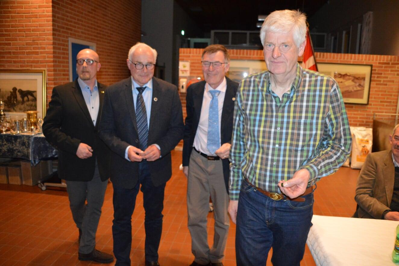 Erik Rimmen, Niels Erik Krüger og Flemming Jensen modtager DJU Nålen
