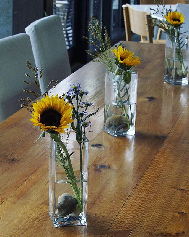 We love @indigoathens! Our custom sunflower arrangements are guaranteed to brighten your day (and stay!) 🌻🌿•••••••••••••••••••••••••••••••••• #athensga #uga #flowersofinstagram #florist #floristsofinstagram #flowershop #weddingflorist #georgiaflorist #athensflorist #athensgaflorist #supportlocal #sunflowers #flowerarrangement #alwaysalwaysflowers