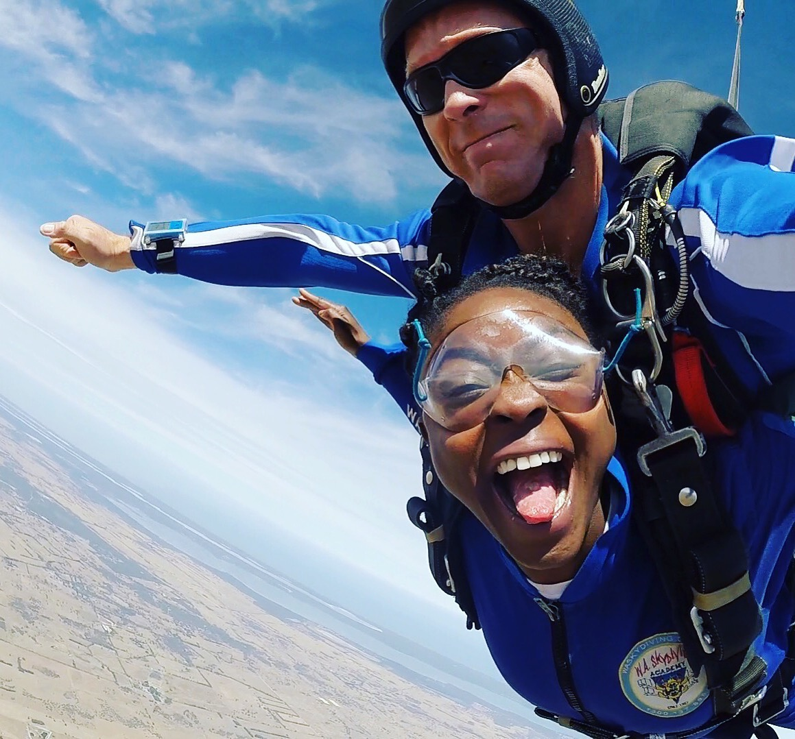 Skydiving.jpg