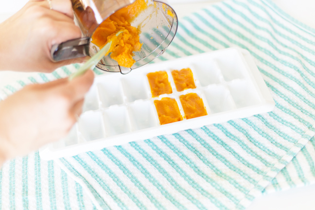 Baby food purees are easy, healthy, and cheaper than store bought baby food.