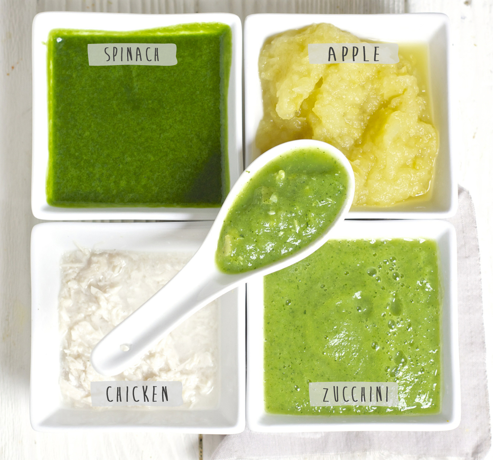 Healthy baby puree with spinach, chicken, zucchini, and apple.