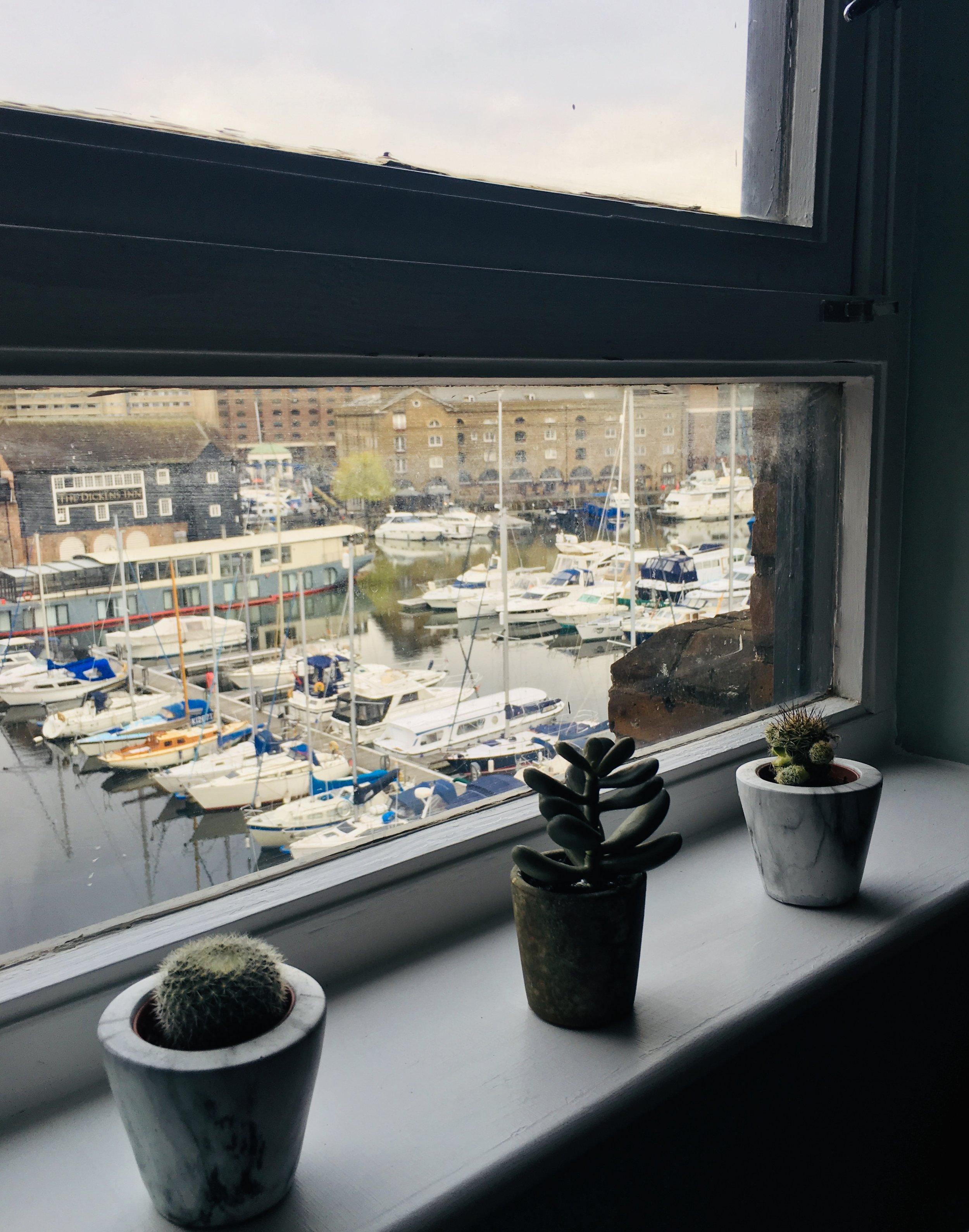 bedroom_plants_boats.JPEG