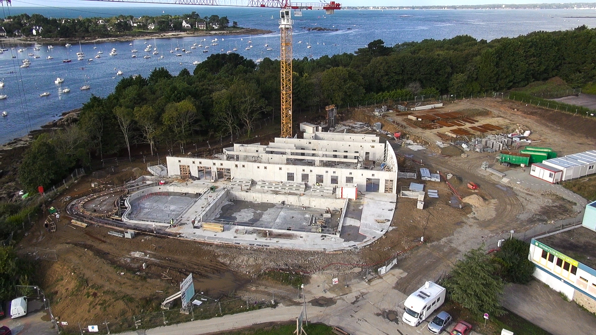 photo-aerienne-piscine-concarneau-chantier.jpg