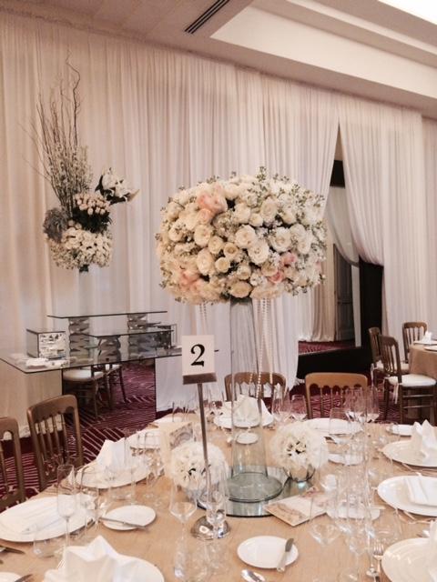 lovely-weddings.jpg