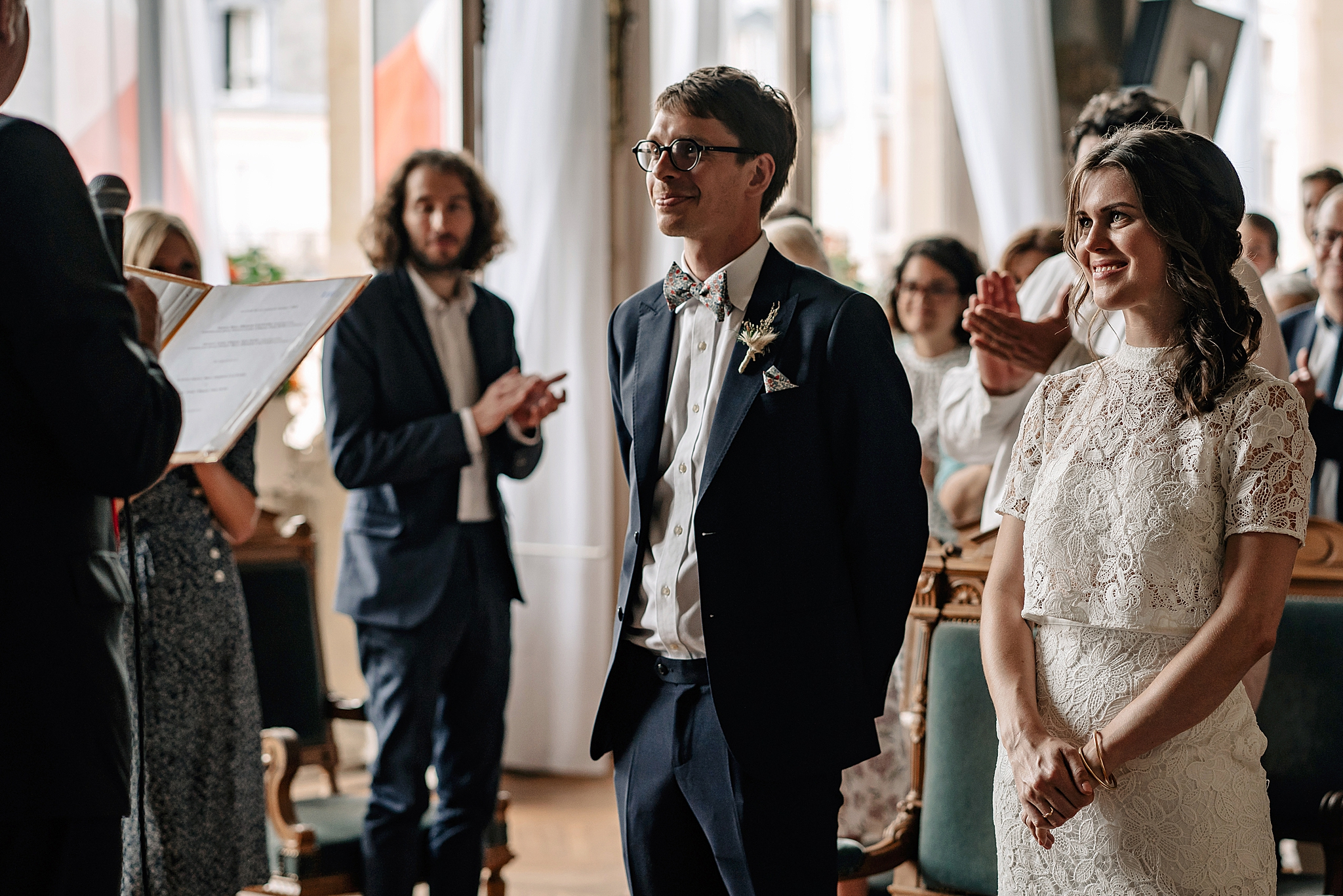 clacquesin paris wedding hochzeit marriage fotograf photographer civil ceremony mairie asnieres sur seine destination france french american german deutsch international